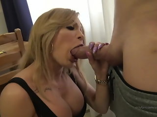 big cock (shemale)  big ass (shemale)